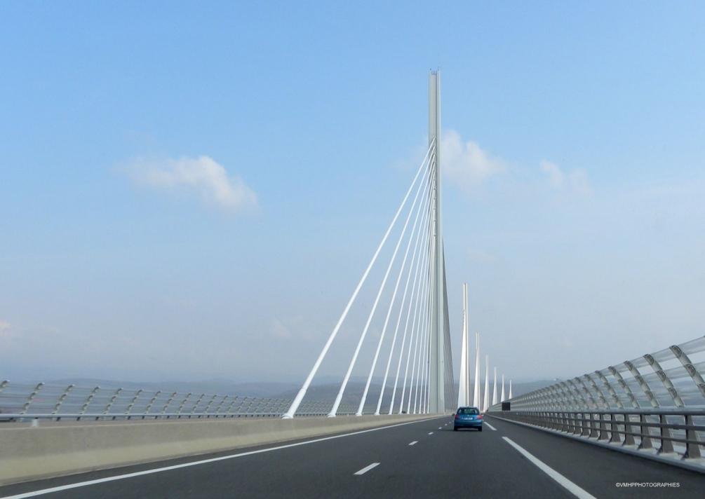 Viaduc de Millau (9).JPG