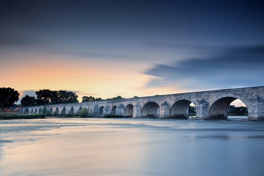 beaugency le pont.jpg