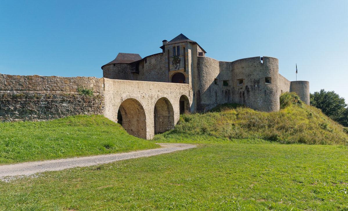 Le vieux château de Mauléon-Licharre