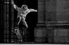 Skate parvis de la cathédrale