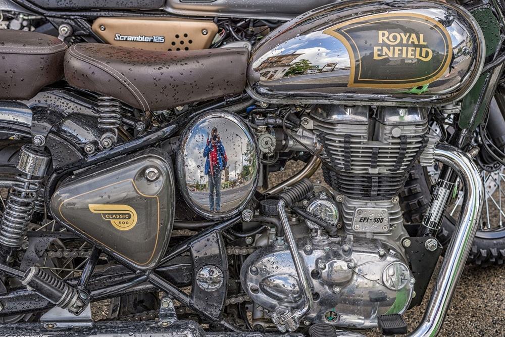 Royal Enfield classic 500 (2).jpg