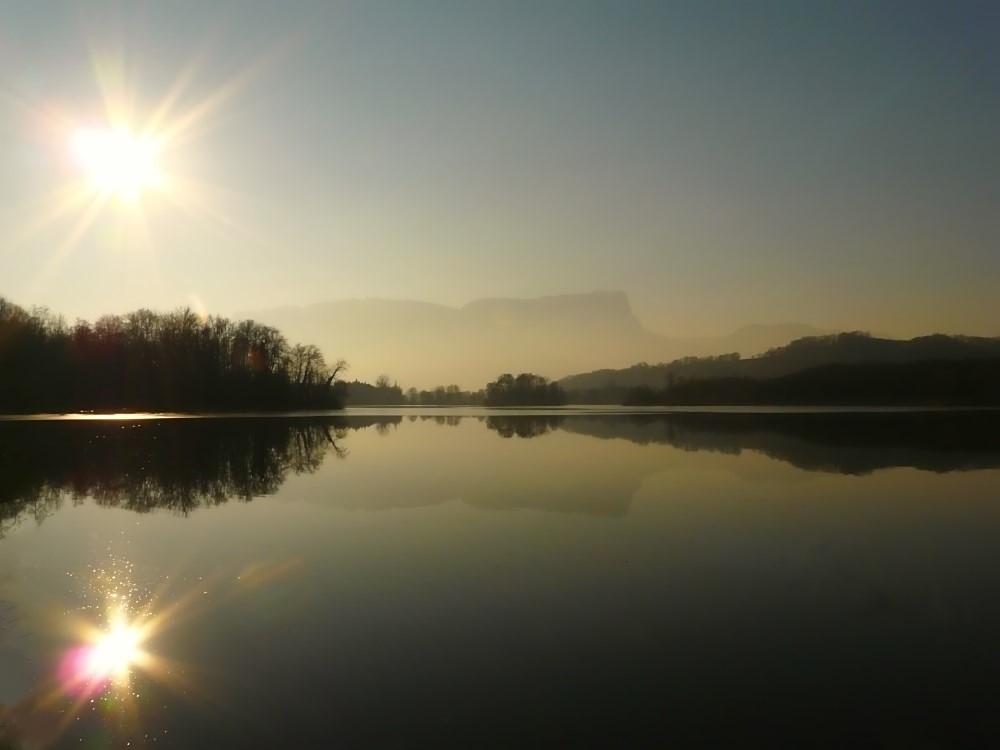 Lac St Héleine sur Isère.jpg