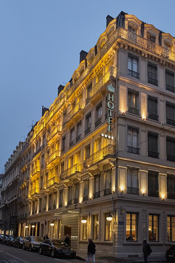 Moins porteur de Nice et une densité