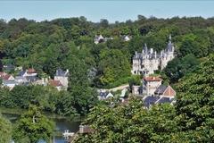 Chateau sur l'Oise.jpg