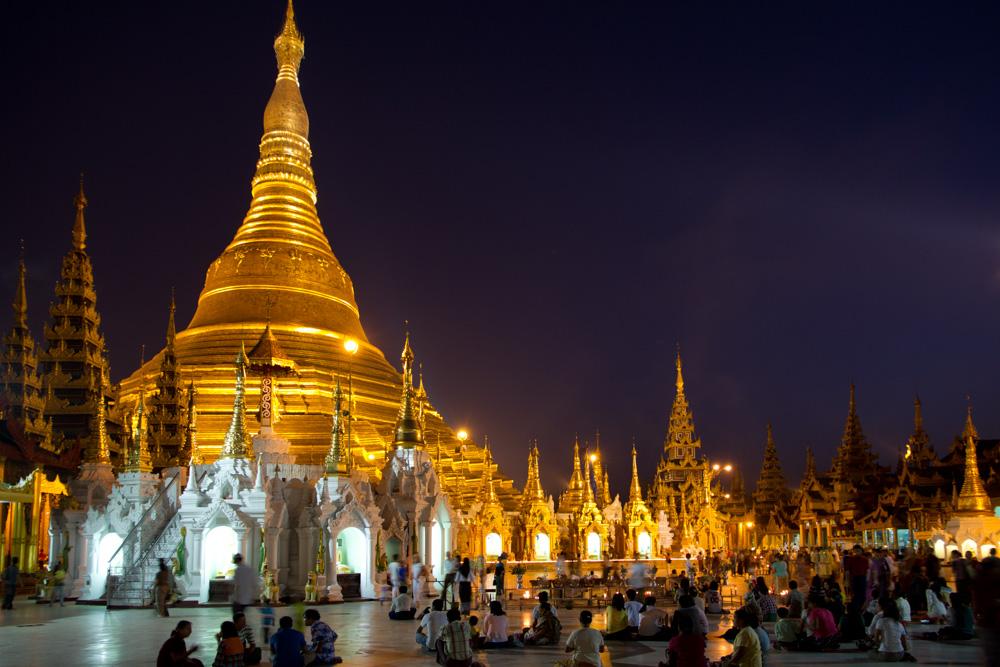 Pagode Shwedagon - 54.jpg