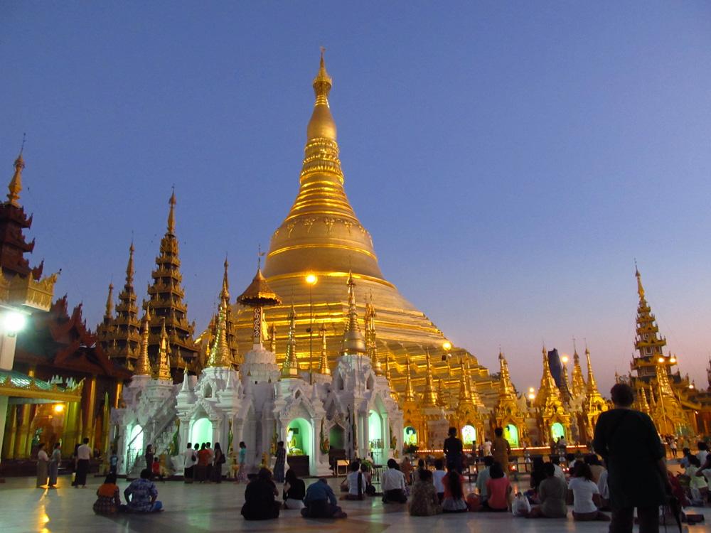 Pagode Shwedagon - 53.jpg